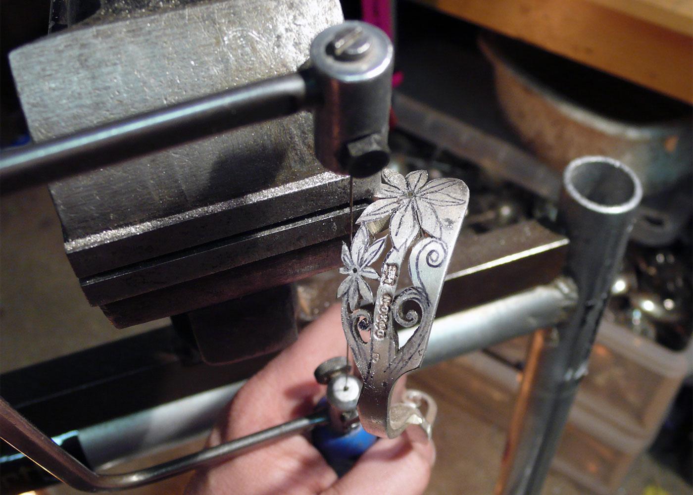 flower fork bangle