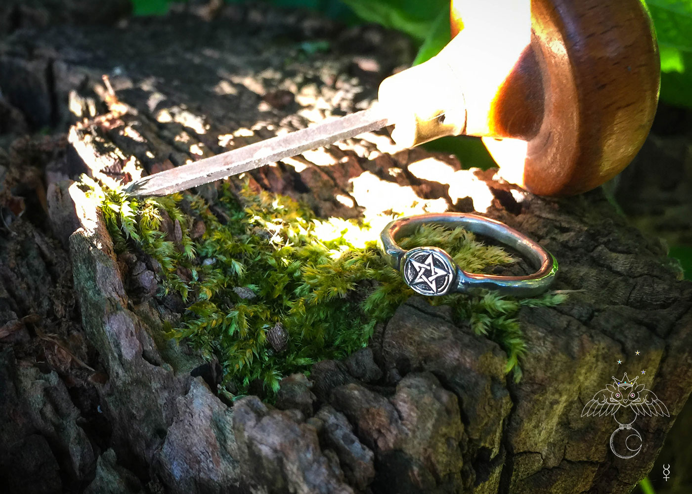 handcrafted and recycled silver pentagram symbol ring