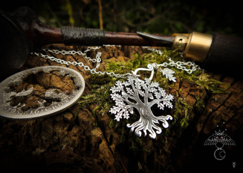 Oak tree necklace - handcrafted and recycled silver Half Crown coin