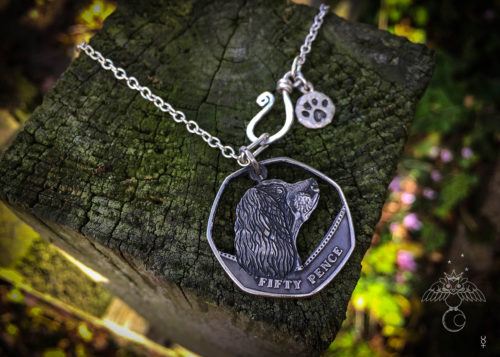 Springer Spaniel jewellery handmade from old coins. Each coin is recycled into a desirable, piece of completely original, Springer Spaniel necklace pendant ☽◯☾.